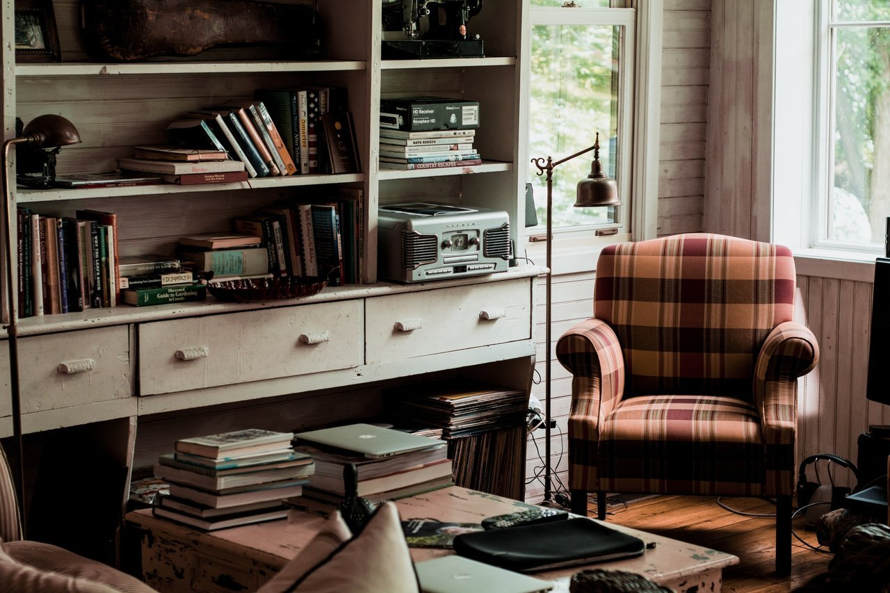 Looking to Downsize? 3 Tips for Managing All Your Stuff